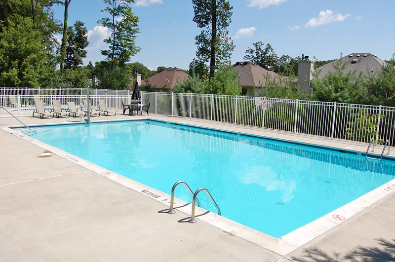 Glenmont Commons Swimming Pool