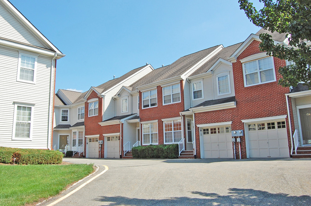 Hunting Ridge Townhomes